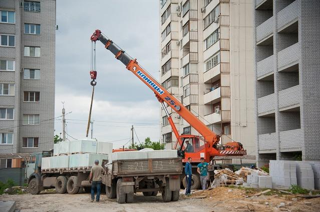 Половина обманутых дольщиков вВолгоградской области получит жилье доконца года