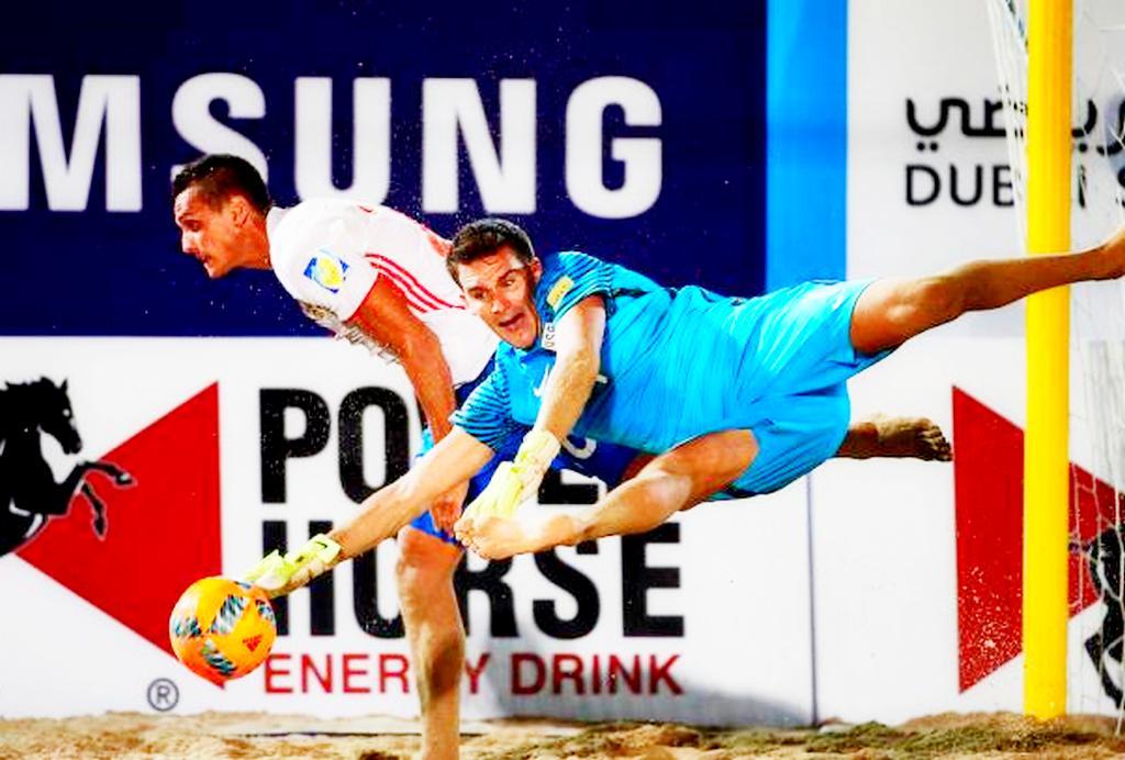 СборнаяРФ попляжному футболу проиграла вполуфинале Межконтинентального кубка