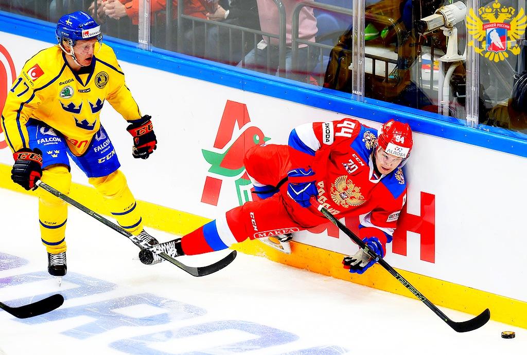 Сборная Российской Федерации похоккею проиграла шведам впервом матче Кубка Первого канала