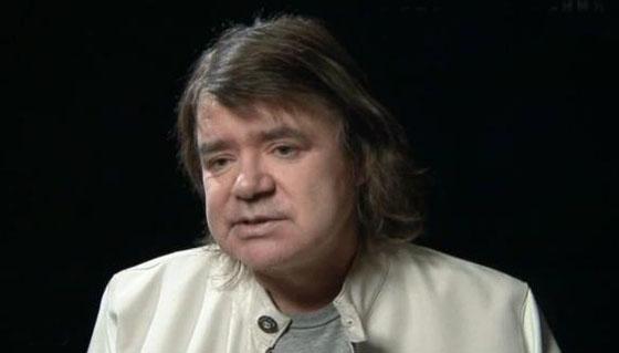 Солист Евгений Осин попал в клинику