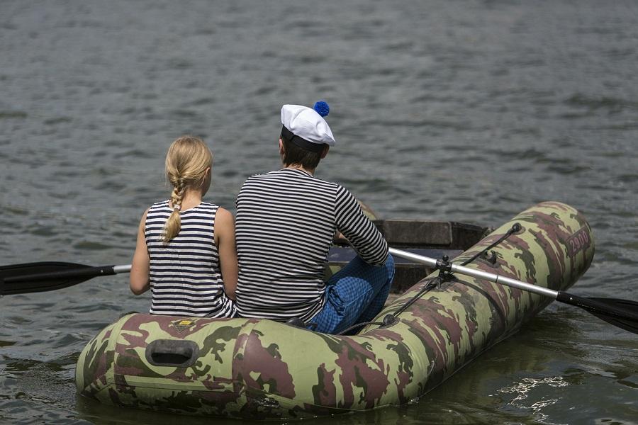 Государственная дума приняла закон оналоговых каникулах для нянь ирепетиторов