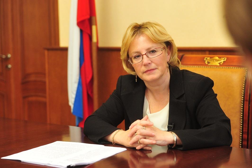 Медведев объявил благодарность главе Министерства здравоохранения Скворцовой