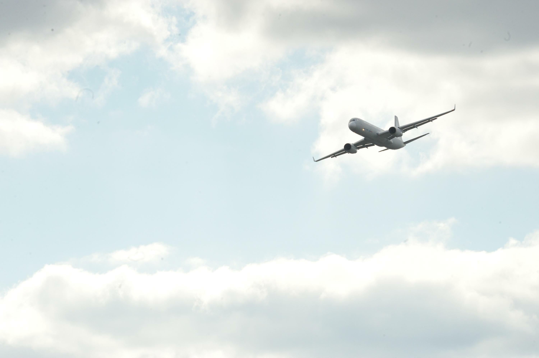 основе аэроплан совершал перелет из одного пункта в другой женское термобелье