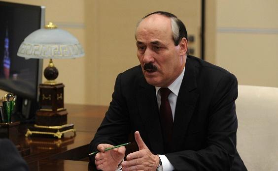 Руководитель Дагестана объявил обуходе вотставку