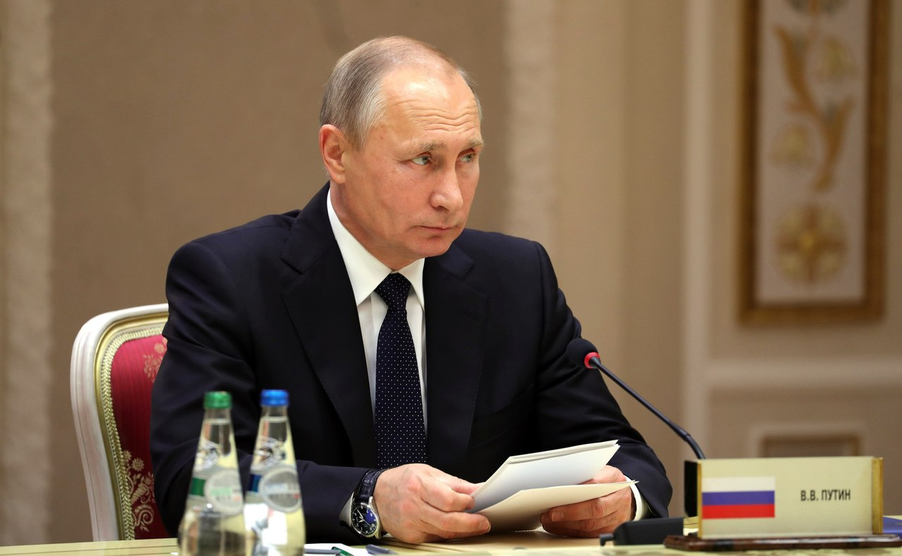 Путин сменил полпредов в 2-х федеральных округах