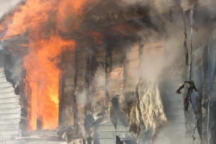 Девятилетний смолянин спас изгорящего дома 2-х братьев и сестренку