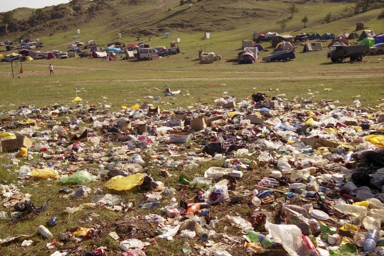 Экологи и клиенты вынудили «Ашан» отказаться отбесплатных пакетов-маек
