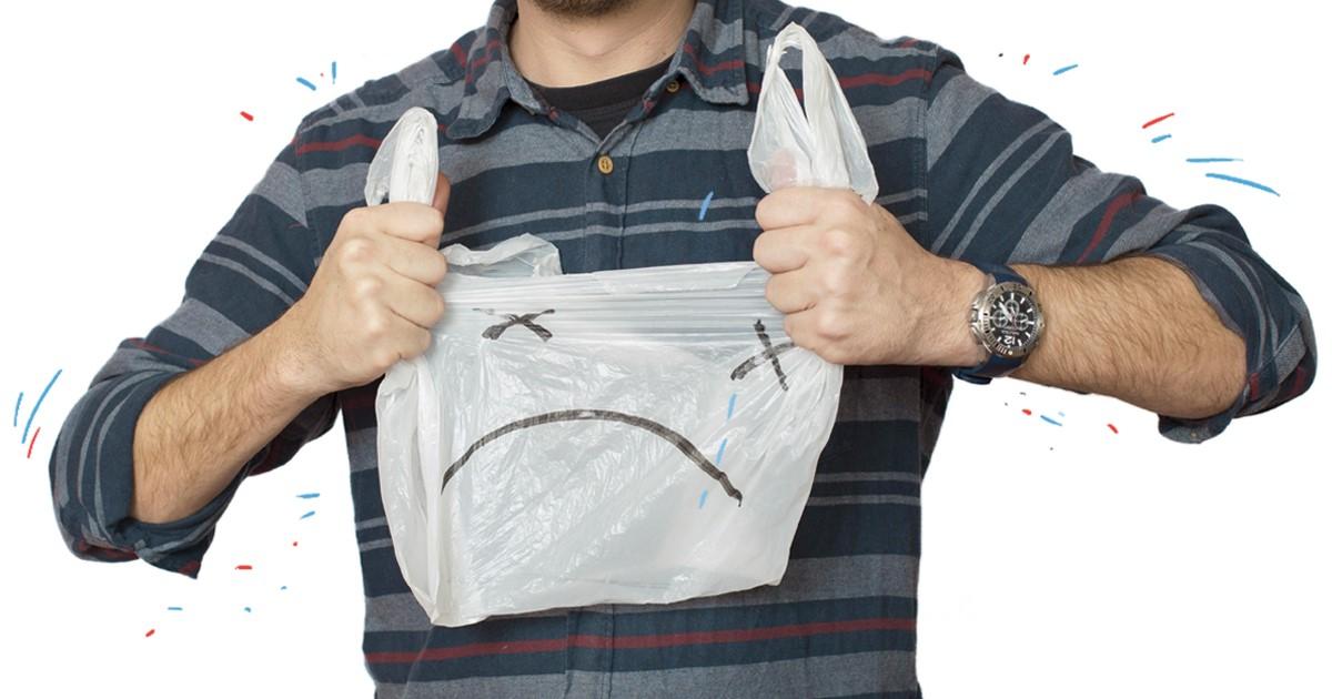 ВРостове «Ашан» закончит выдавать бесплатные пакеты накассах