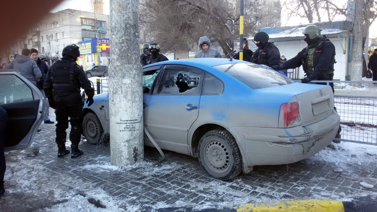 Полицейские спогоней задержали банду телефонных мошенников вВолгограде