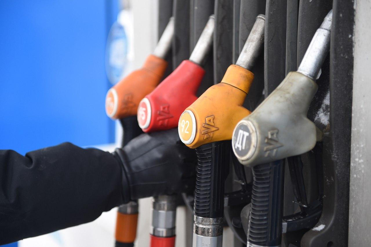 Босс волгоградской компании арестован завредоносную программу наАЗС, способствующую недоливу бензина