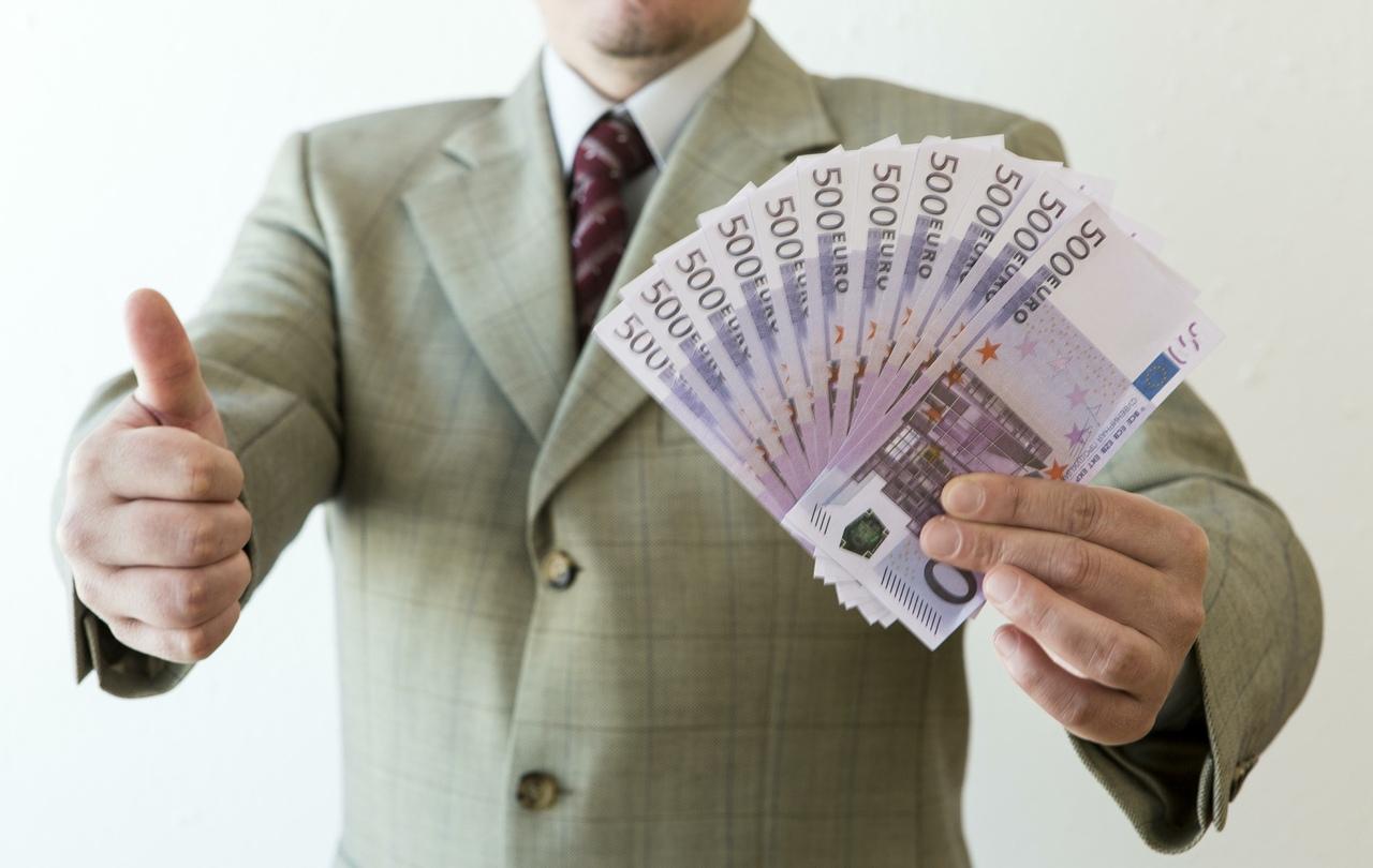 В Волжском бизнесмен не заплатил почти сто миллионов НДС