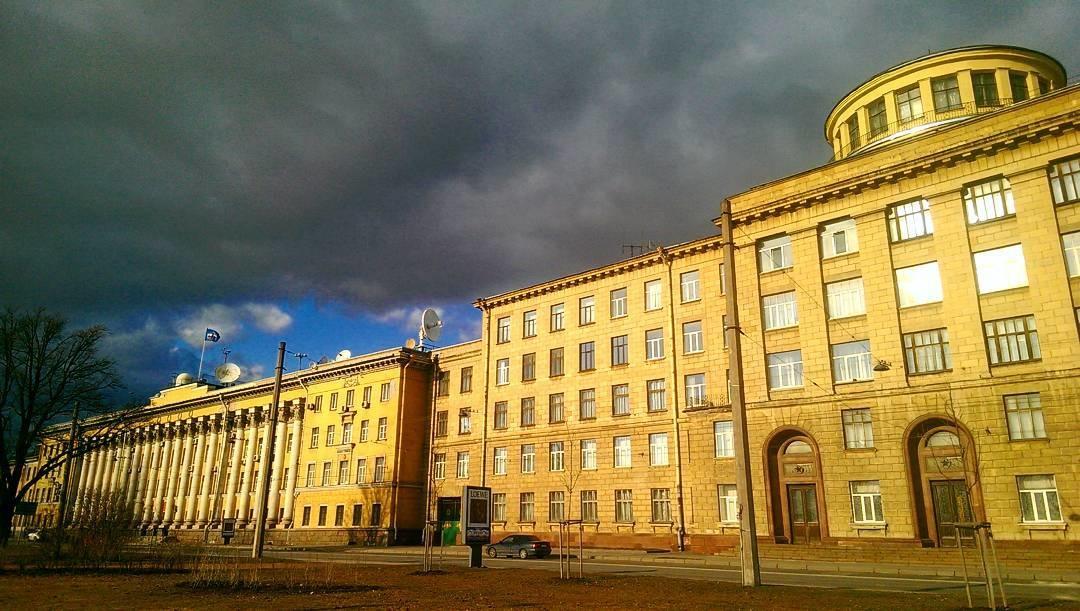 Оба взрыва в учебных заведениях Санкт-Петербурга оказались случайностью