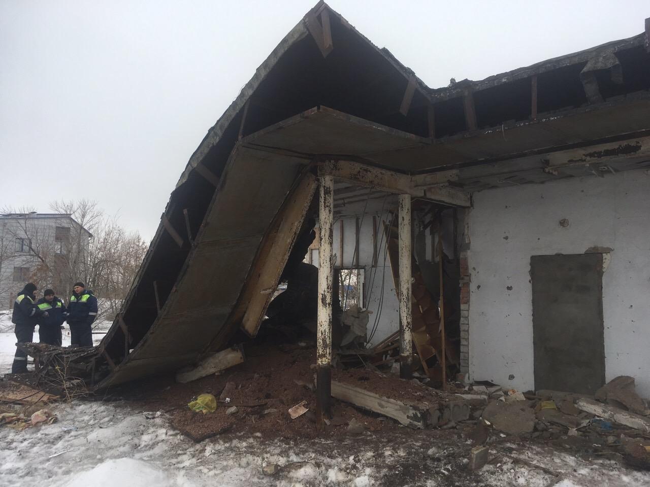 В Советском районе охотника за металлом насмерть придавила бетонная плита
