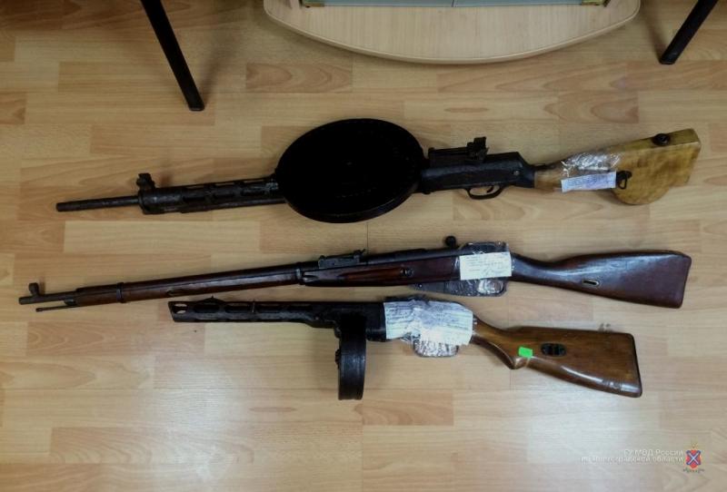 На пожилого коллекционера оружия завели уголовное дело