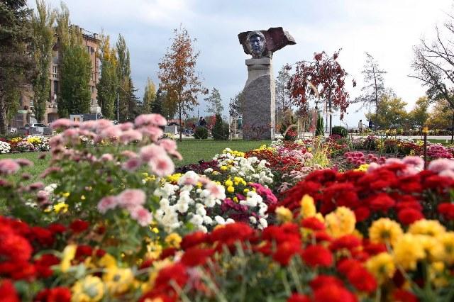 Волгоградцев снова призывают проголосовать за благоустройство четырех парков