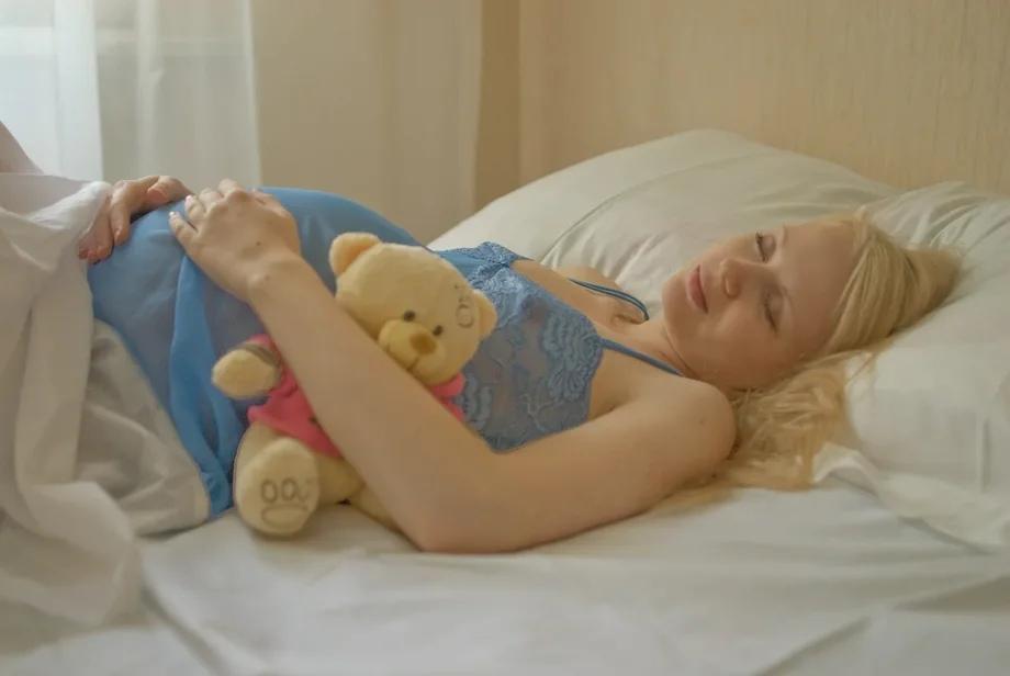 Россиянки стали все чаще откладывать рождение первого ребенка