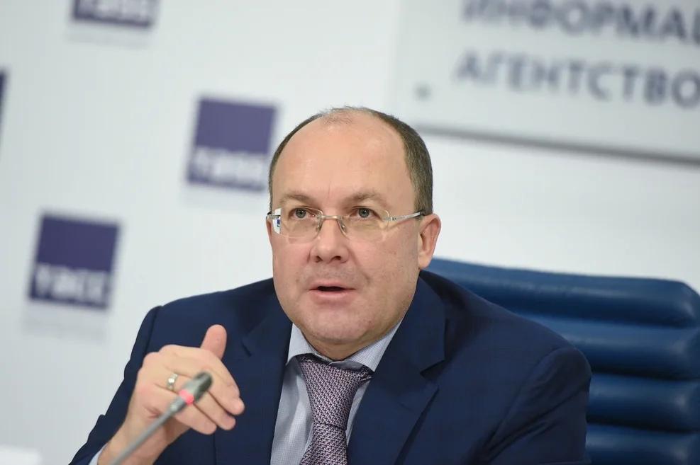 Дмитрий Медведев освободил от должности главу Ростуризма Олега Сафонова
