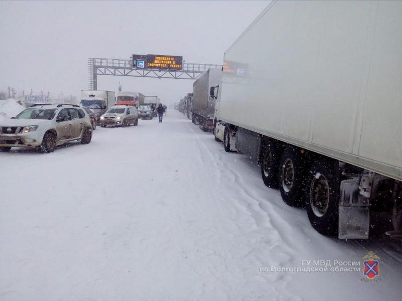 Вслед за Саратовской трассой в Волгоградской области закрыли участок Р-22