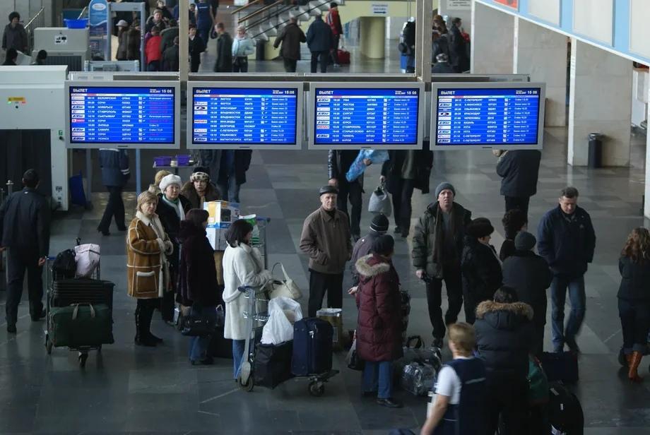 В столичном Внуково столкнулись два пассажирских самолета