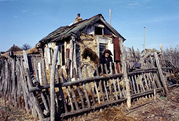 Борьба с бедностью в России началась с вычеркивания из числа бедных наименее бедных