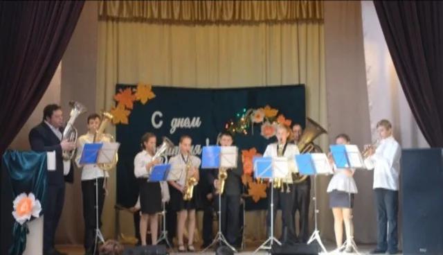 В Волгоградской области с целью экономии сократили треть педколлектива школы искусств