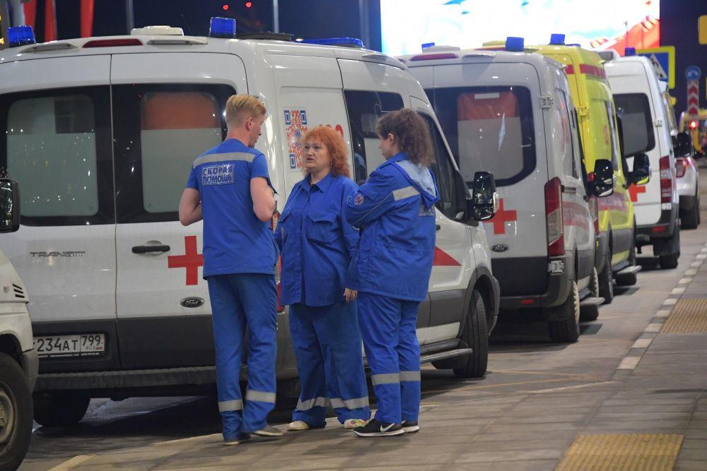 Один человек погиб 13 пострадали на пожаре в Мытищах