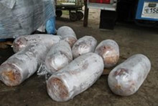 «Неопознанная шаурма»: сочинского предпринимателя лишили трех тонн подозрительного мяса для приготовления фаст-фуда