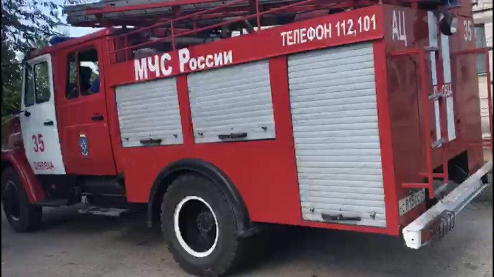 По неизвестным причинам в Волгоградской области сгорели два КАМАЗа