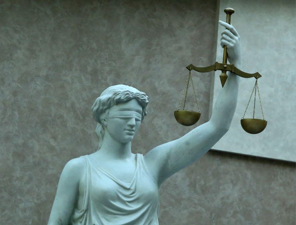 В Волгоградской области бывший судья попал под суд
