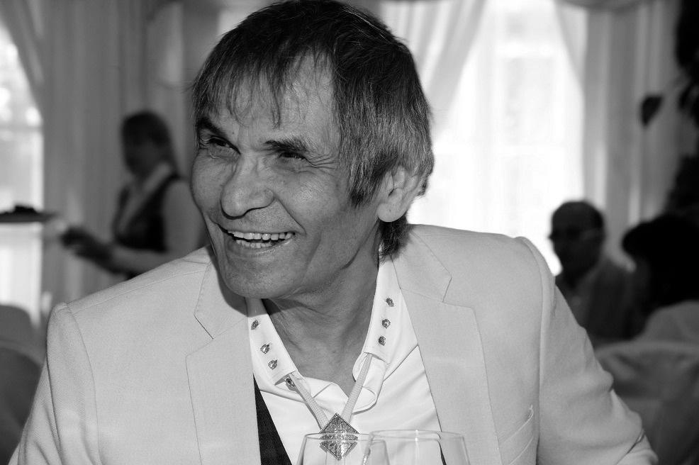 Серей Минаев сообщил о смерти Бари Алибасова и извинился