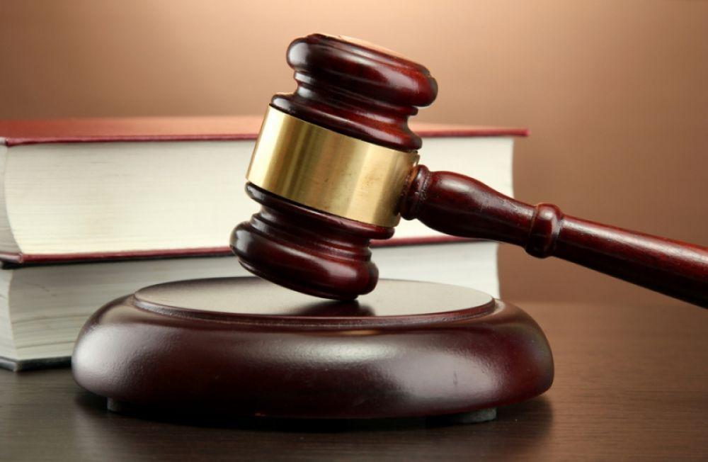 novgorodskij advokat predstanet pered sudom za popytku obmanut klienta