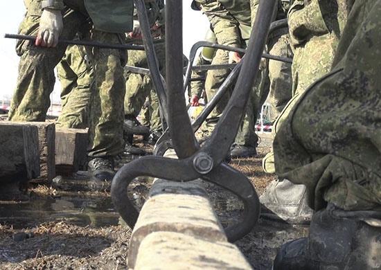 Военных железнодорожников в Волгограде подняли по тревоге: враги разрушили пути