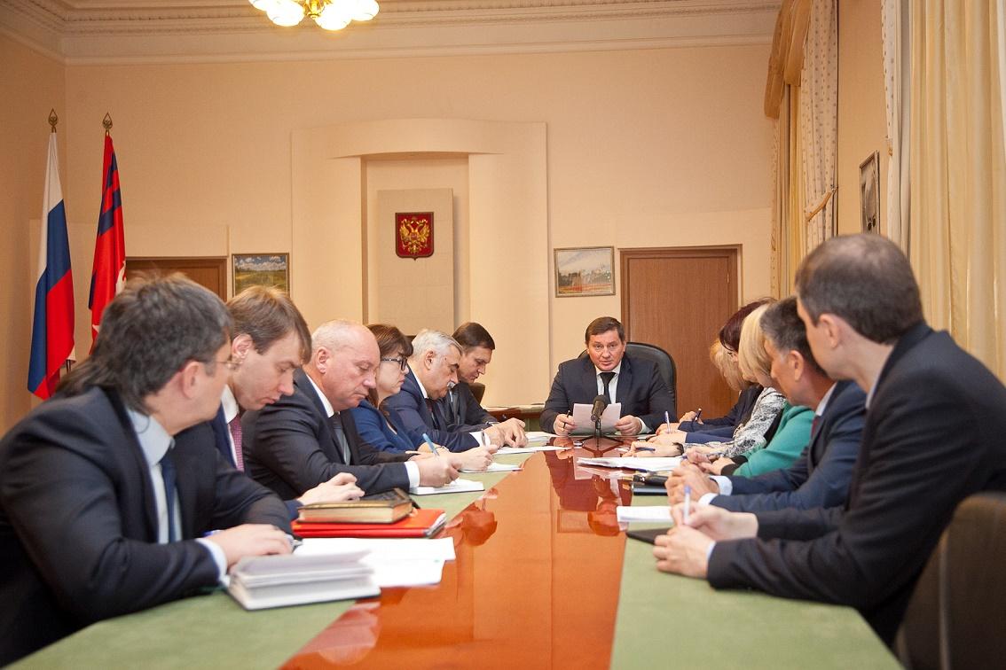 ВВолгоградской области сократят расходы нааппарат управления