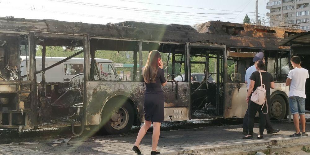 Названа причина возгорания в автобусе №55