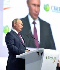 Россияне «продлили» президентский срок Владимиру Путину после 2018 года