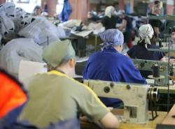 В Москве обнаружили подпольный пошивочный цех и изъяли 9 тысяч «брендовых» вещей