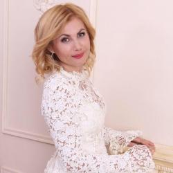 Экс-советница Сергея Боженова решила заняться наставничеством