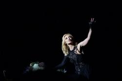 Орбакайте перенесла свои концерты на Украине