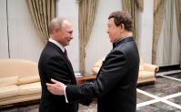 С юбилеем Владимира Путина поздравляют звезды России