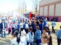 Волгоградские школьники побывали в старинной пожарной части города