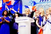 Ле Пен назвала евро «мертвой валютой»