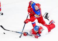 Россия - Чехия - 3:0 (2:0; 0:0; 1:0).