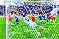 ФК «Ростов» – «Спартак» (Москва) - 3:0 (2:0).