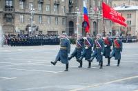 Из-за инцидента в Волгограде 2 февраля в России предложили проверить знамена Победы