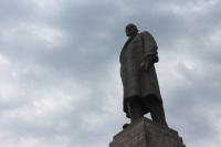 Ленина больше нет: на Украине снесли все памятники мировому вождю