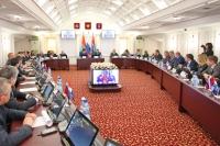 Глава Самары Олег Фурсов досрочно ушел в отставку