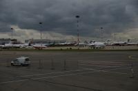 Во «Внуково» пассажирский самолет врезался ограждение