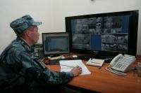 Волгоградских охранников, «подглядывающих» в примерочных, освободили от наказания