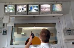 За пациентами проследят при  помощи видеокамер