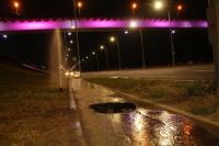Пешеходная дорожка под «танцующим мостом» ушла под землю